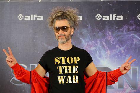 Kad mūziķi vairs neklusē: Horens ‒ par Armēniju, Grāvers ...