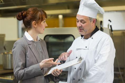 salaire chef cuisine manager en restauration salaire études rôle