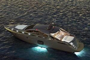 THE NEW PERSHING 70 Ita Yachts Canada Ita Yachts Canada