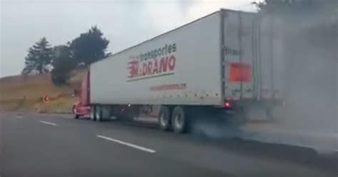 Tráiler Sin Frenos A 160 Kmh Por La Autopista Buscando Un