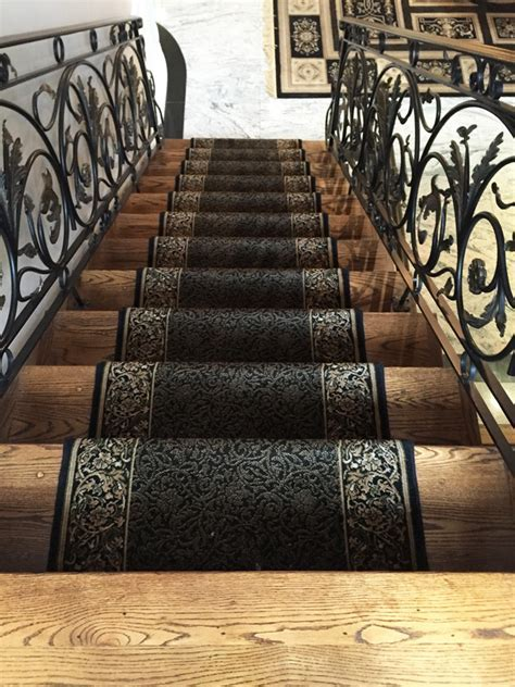 Railings & Stair refinishing Toronto ? Railings & Stair