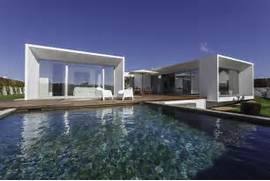 Modern Houses With Pool Modern Architectural House Design Showing A Modern Contemporary House