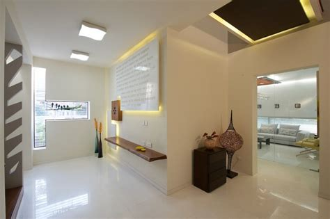 private residence modern entry  metro  sak
