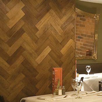reclaimed wood  herringbone pattern wood pallet