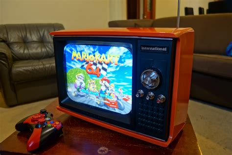 Excellent Vintage Portable Tv Turned Into Retro Gaming