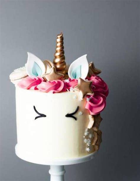 gateaux anniversaire fille licorne