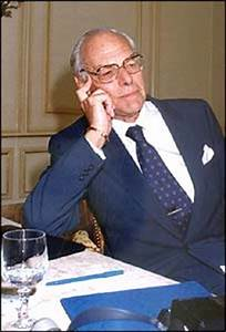 Denis Thatcher's quotes, famous and not much - Sualci Quotes