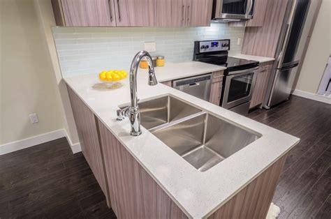 plan de travail cuisine resine resine epoxy pour plan de travail de cuisine