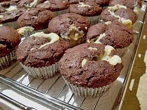 Cupcakes Mit Füllung : schokoladen muffins mit frischk se f llung von katka ~ Eleganceandgraceweddings.com Haus und Dekorationen