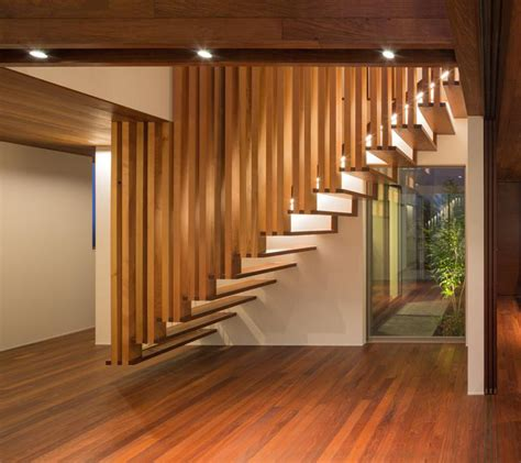 suspended wooden staircase floats  air captivatist