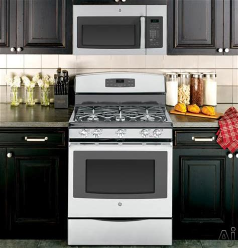 ge jgbsefss  freestanding gas range   sealed burners  cu ft oven  btu