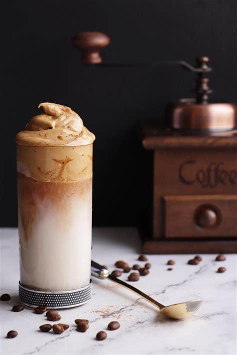 dalgona coffee whipped coffee recipe cookme recipes