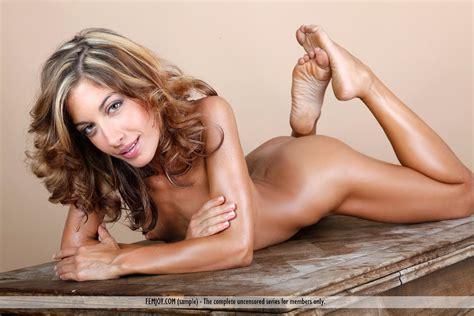Serving You Laila Femjoy 25669