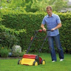 Wann Dünge Ich Meinen Rasen by Vertikutieren Wann Ist Vertikutieren Erforderlich