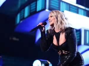 Miranda Lambert Coming To Town With Elle King
