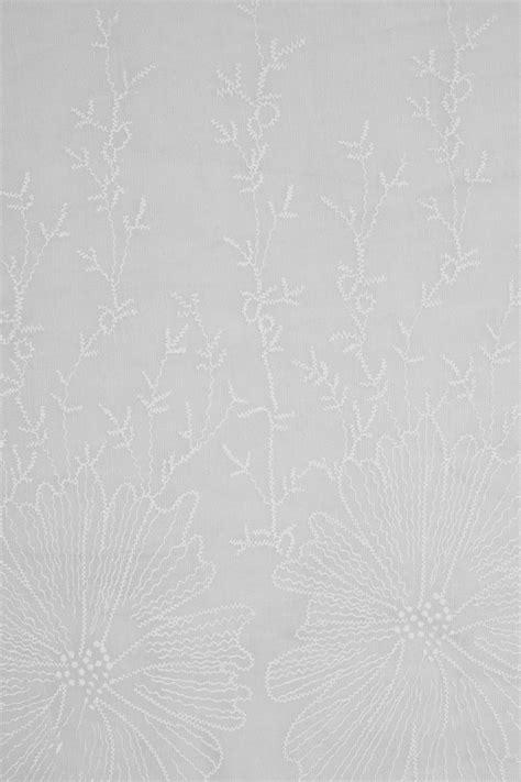gray floral geborduurde sjaal