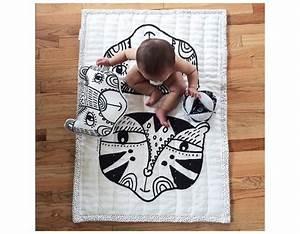 Tapis D éveil Original : tapis veil couverture black and white ~ Teatrodelosmanantiales.com Idées de Décoration