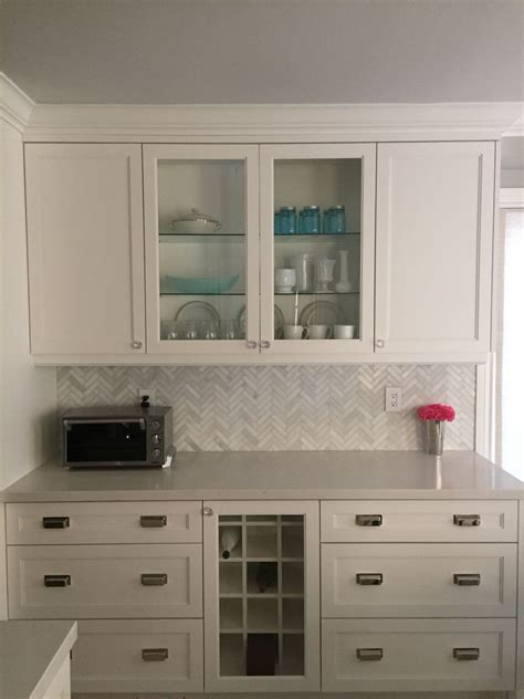 simply white kitchen cabinets kitchen cabinets benjamin simply white bliss 5251