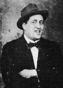 File:Guillaume Apollinaire 1914.jpg - Wikipedia