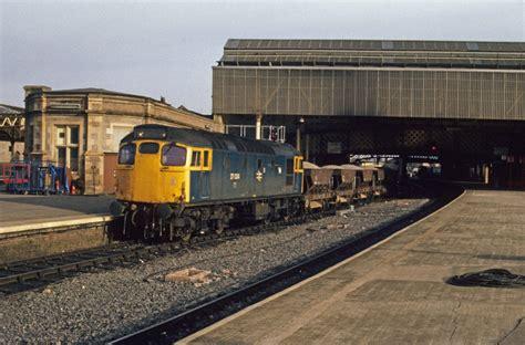 Sleeper Railway. Railway Sleepers Demolition Traders