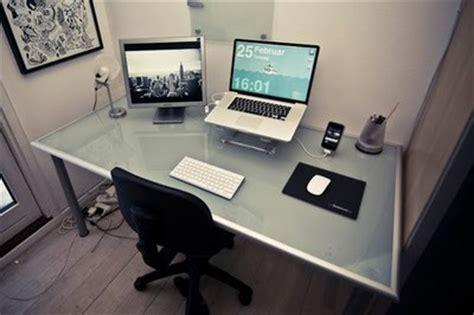 pc bureau compact un bureau bien rangé comme il faut galerie d 39 images 10