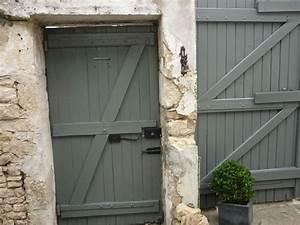 Peinture Bois Exterieur Tollens : peinture et jardinage gris claire la peinture ~ Dailycaller-alerts.com Idées de Décoration