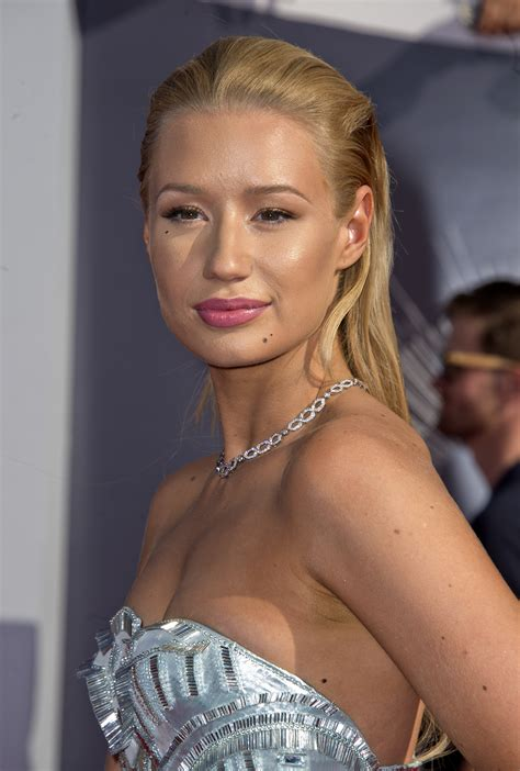 The Internet Thinks That Iggy Azalea Probably Bought A New