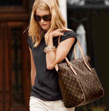 women love designer louis vuitton handbags aelida