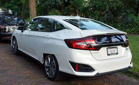 47+ Honda Clarity Vs Tesla 3 Gif