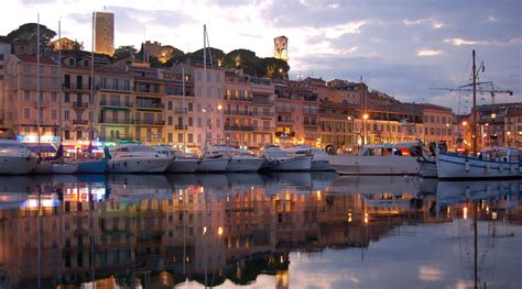 Throughout the year, as you walk among the designer bars, couture shops and palaces of la croisette, the wealth and glamour of this city cannot fail to impress. Cannes, France | Azamara