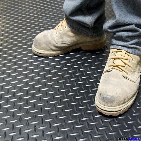diamond plate rubber flooring rolls rubber stable mats