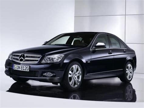 Weekend Pick Bmw 328i Or Mercedes C300  The Daily Derbi