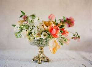 spring-wedding-centerpiece-peach-yellow-ivory-green full