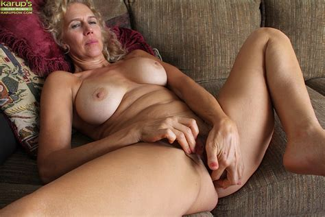 Mature Slut With An Sweet Pussy Cally Jo Loves