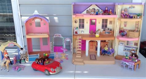 Fisher Price Loving Family Doll House & Horse Stable Car