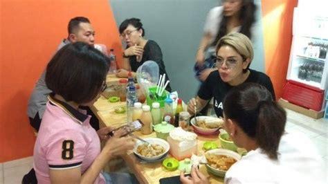 Makan Bakso Aci Akang Nikita Mirzani Satu Porsinya Bikin