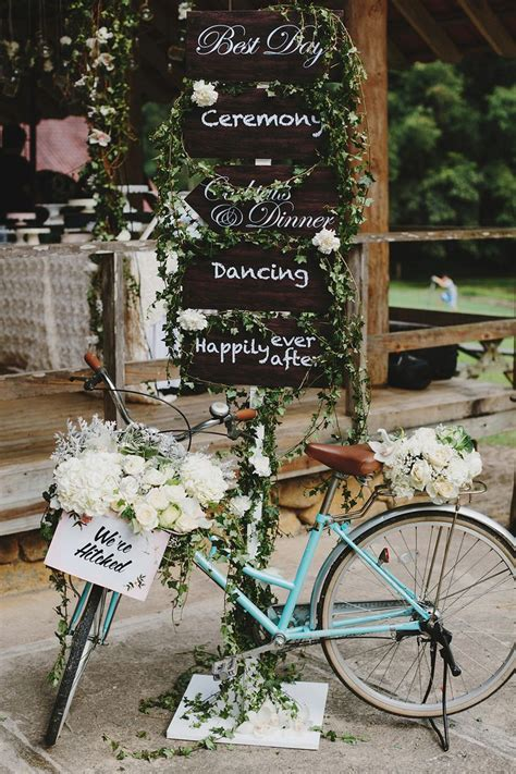 25 Best Ideas About Vintage Bike Decor On Pinterest