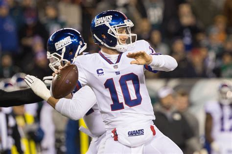 york giants  eli manning restructure  contract