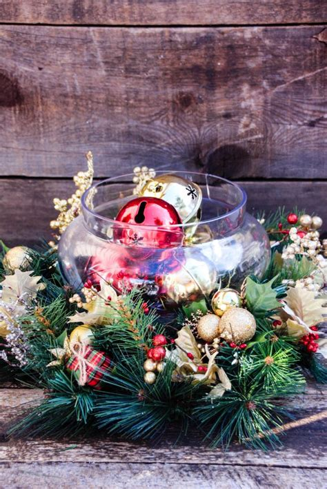 cheap christmas table decorations 30 inexpensive and cheap christmas centerpiece ideas