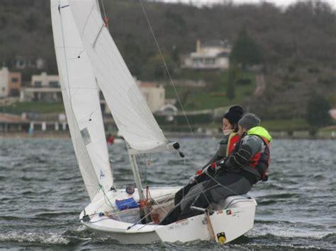 vaurien  pontevedra sailing dinghies   inautia