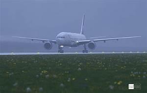 Boeing 777