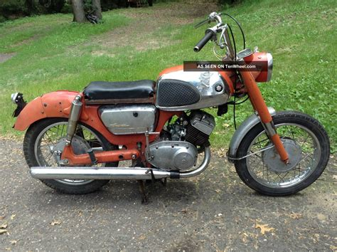 250cc Suzuki Motorcycle by 1966 Suzuki T10 250cc Motorcycle With Clear Title