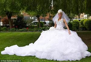 biggest dress in the world wwwpixsharkcom images With biggest wedding dress