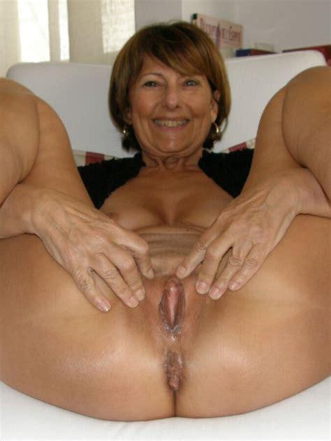 Sexy Mature MILF GILF GMILF Naked Wilma | Mature Porn Photo