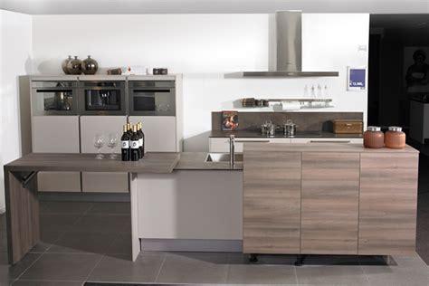 Wooning Keukens by Een Parallel Keuken Voor Veel Opbergruimte Wooning