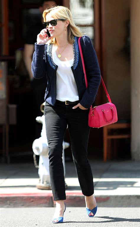reese witherspoon   pink