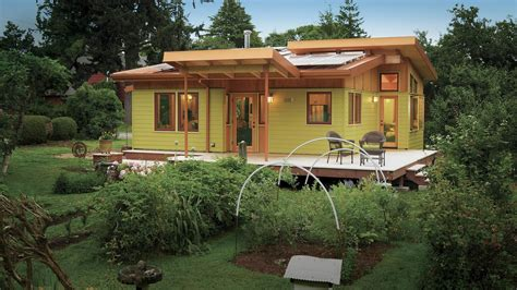 small house in 2013 best small home homebuilding houses awards