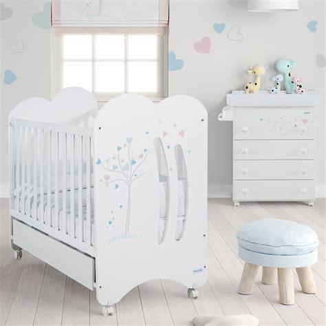 chambres de bébé chambre bb chambre coucher complte pour bb le trsor de bb