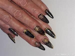 Nägel Schwarz Gold : 74 n gel bilder von biene123 beautynails ~ Frokenaadalensverden.com Haus und Dekorationen