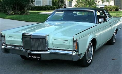 1971 Lincoln Continental Mark III | St. Albert's Place